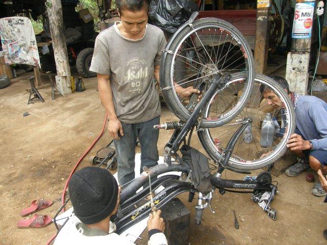 """Neco a Head 1 1//8/"""" vélo taux couvercle vélo fourche Crampon vis"""
